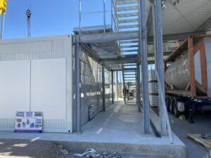 Schulz Farben Containergroßprojekt 4 Container mit Stahlgewerk 5
